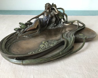 Veronese Art Nouveau figurine lady bronze Style woman laid lounging dressing table tray ornament