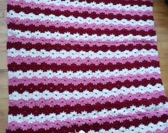 Hand crocheted daisy chain Afghan
