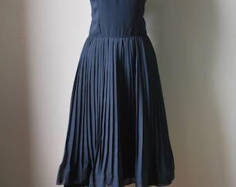 Vintage 1960s Dress / Vintage Cocktail Dress / Black Party Dress