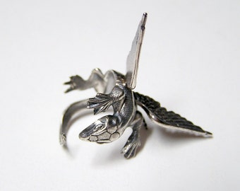 Dragon Ring in Sterling Silver .925, dragon body wrap around finger (o)