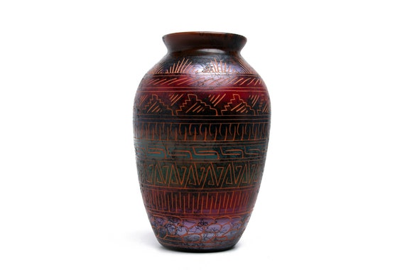 Md Sedona Red Rock Navajo Horse Hair Pottery, Native Handetched and painted with medicine symbols and prayer feathers - RED CLAY (Lg)