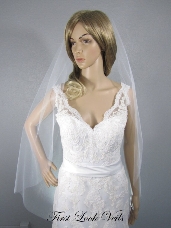 Wedding Veil, White Bridal Veil, Fingertip Veil, Handmade, Bride, Accessory, Short Veil, Ivory Veil, Pink Veil, Champagne Veil, Black Veil