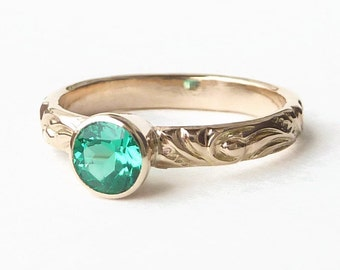 14k Gold Ring with Emerald Gemstone - Chatham Emerald - May Birthstone