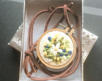 Embroidery hoop pendant necklace jewellery, handmade jewelry, flowers, florals, pretty, valentines gift