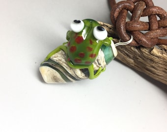 Focal glass bead with frog, glass bead, leather necklace, necklace, lampwork bead