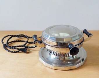Vintage Hotpoint Waffle Iron • Vintage Round Deco Chrome Waffle Maker • Vintage Edison Electric CAT No. 126Y53