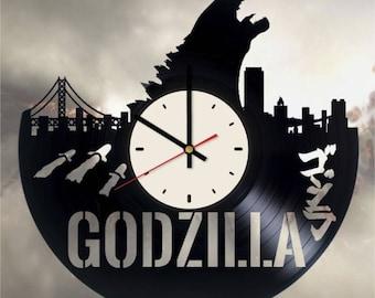 Godzilla ゴジラ clock Monster vinyl clock Godzilla wall decor Monster gifts King of the Monsters decor Papa Godzilla wall clock Monster clock