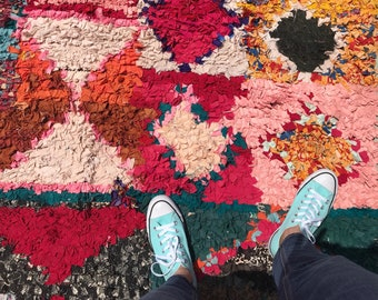 """SALE-FREE Shipping!!! """"PEMBE"""" Boho Chic Rug Vintage Moroccan Boucherouite in Multi Colors (Los Angeles)"""