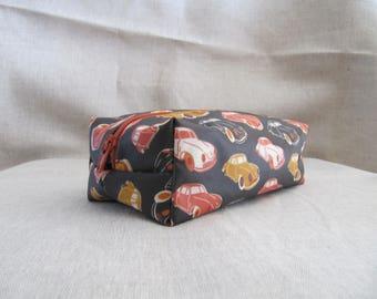 Laminated cotton fabric vintage clutch