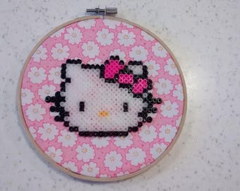 "Vintage decor... ""H Kitty"" diameter 17 cm embroidery hoop."