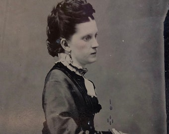 Antique Tin Type late 1800s Woman Photo Black and White