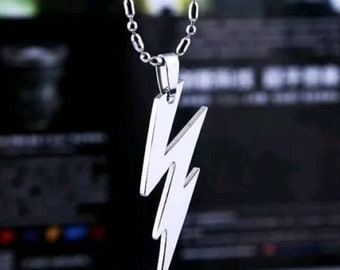 Brand New The Flash Pendant with Chain.