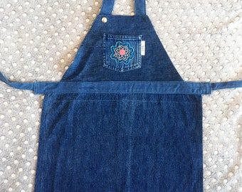 Childrens apron, Indigo blue, Kids apron, Child apron, Upcycled denim apron, Recycled denim, Full apron, Jean apron, Remade by YoursAgain