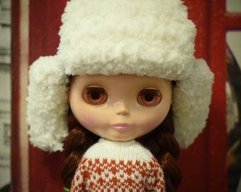 Outfit for Blythe doll knitted hat with earflaps
