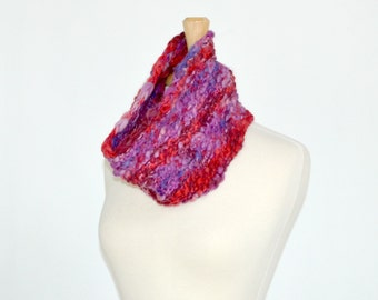 Red Purple Knitted Cowl, Thick Thin Yarn, Reversible