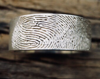 Custom Made Finger Print Wedding Band in Sterling Silver with Pipe Cut or Flat Ring Profile and Handwritten Quote Size 9