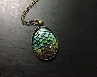 Game of thrones inspired jewelry photo pendant  green dragon egg