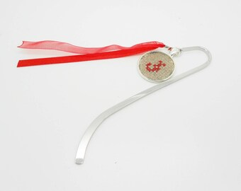 Kit diy bookmark 12.5 cm with embroidered initial blue or red