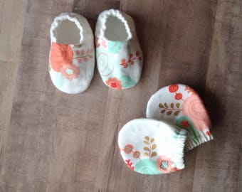 Baby Girl Shoes, Baby Booties, Scratch Mittens, Baby Girl Gift, Baby Shower Gift, Baby Girl Moccs, Soft Baby Shoes, Baby Girl Booties, Shoes