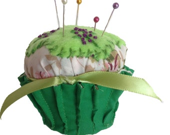Pincushion, Cupcake Pincushion, Cupcake, Pin Cushion, Cupcake Pin Cushion, Sewing Accessories, Pins, Pin Organizer, Walnut Shells, CCPIN301