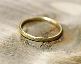 24k solid gold 2mm hammered texture ring