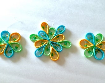 SUNCATCHER, spring suncathcer, summer suncatcher, Beaded Suncatcher, yellow, blue, green sun catcher in plastic canvas