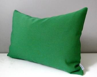 Emerald Green Pillow Cover, Decorative Outdoor Pillow Case, Modern Green Sunbrella Cushion Cover, Solid Green Throw Pillow Cover, Greenery