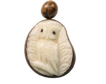 Tagua Nut Necklace: Owl (1153-N342)