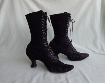"""Antique Black Edwardian Boots 11"""" High Lace-Up Made In 1909 Suede Feel"""
