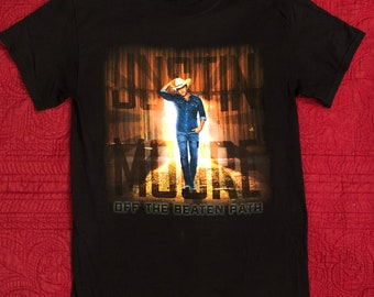 Justin Moore vintage 2013 Off the Beaten Path tour t-shirt