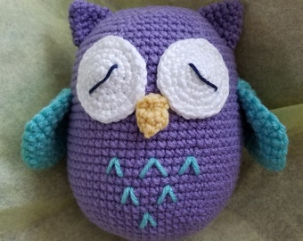 Charles the Sleepy Owl - crochet stuffie amigurumi