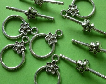 Toggle clasp .  Set of 5.      Hoop 20mm x14mm T Bar26mm.  Colour Tibetan silver.   Nickel free