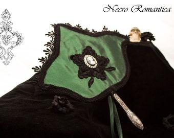 "Victorian ""fan / fan * green paddle"" Lady * Victorian, WGT, goth, historically."