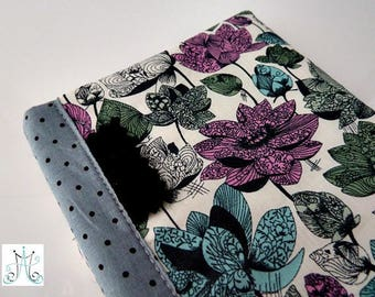 Checkbook wallet - Liberty Asaka