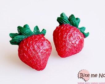 Strawberries Stud Earrings, Fruit Earrings, Strawberries Jewelry, Fruit Jewelry, Strawberry Earrings, Mini Strawberries, Mini Food Earrings