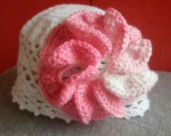 Baby crocheted hat for spring or autumn