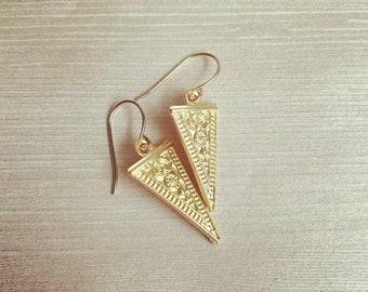 Aphrodite~ Gold earrings Floral pendant Simple jewelry Minimalistic earrings Geometric jewelry Geometric earring