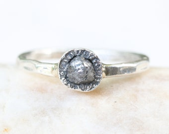 Tiny triangle rough diamond ring in silver bezel setting with sterling silver hammer textured oxidized band