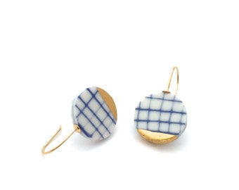 Blue white porcelain earrings, minimalist ceramic earring, eco friendly jewelry, minimalist gold earring, porcelain jewelry, OeiCeramics