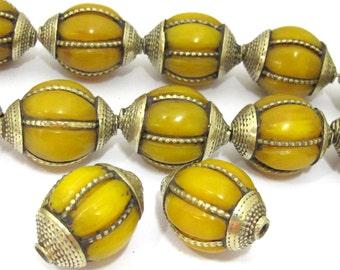 1 BEAD - Large Tibetan amber copal resin grooved melon shape bead - BD850
