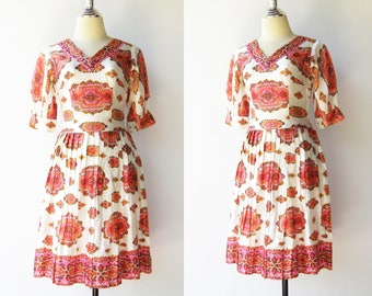 Vintage Novelty Party Dress / Pink and White Dress / Size S M