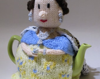 Her Majesty The Queen Tea Cosy Knitting Pattern