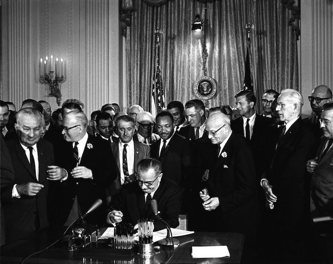 President Lyndon B. Johnson Signs the 1964 Civil Rights Act as Dr. Martin Luther King, Jr. Watches - 5X7, 8X10 or 11X14 Photo (EP-942)