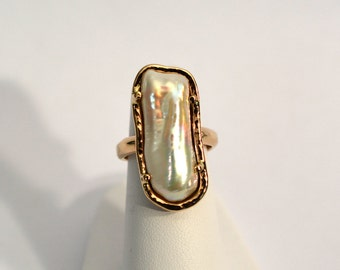 14kt Yellow Gold Baroque Pearl Ring