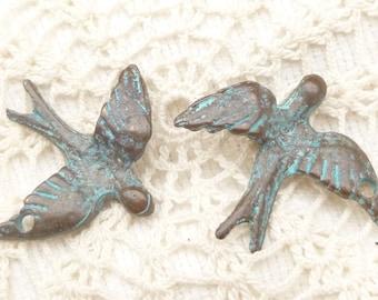 Rustic Patina Peace Dove, Swallow Bird Pendant, Mykonos Casting  (2) - M64 - X0745