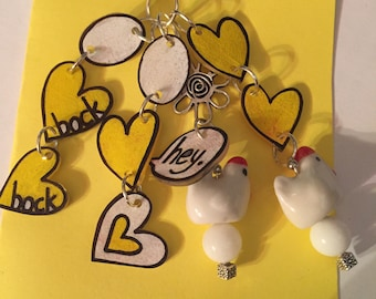 Chicken zipper pull with shrink art charms