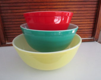 Pyrex Primary Color Mixing Bowls, # 402 403 404, Red Green Yellow
