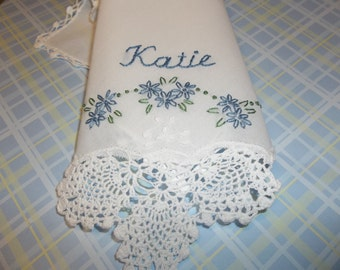 something blue wedding handkerchief, bouquet wrap, hand embroidered, wedding colors welcome, pineapple crochet hanky