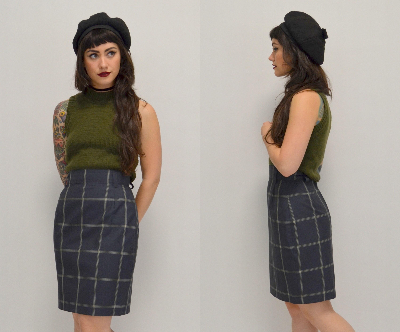 Mini Skirt 25 1990s Minimalist High Waisted Skirt
