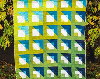 """Modern quilt pattern - """"Boxing Play"""" - modern gradient and transparency, intermediate level, 60"""" x 72"""" quilt size - Instant download PDF"""